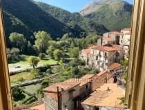 Двухэтажный апартамент в исторической деревушке Орсомарсо