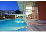 PRA AFF 022, Современные апартаменты в комплексе с бассейном, недалеко от моря!