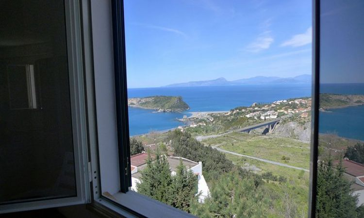 apartments in Calabria wIth differItt layouts and gorgeous panoramic views