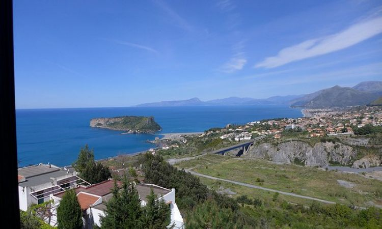 Very affordable apartment in Calabria wIth panoramic views